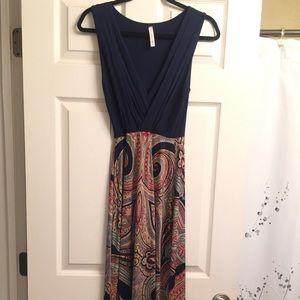 Gilli arthur maxi dress