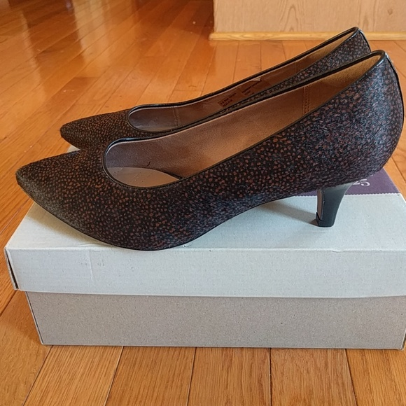 157c6aa4dd Clarks Shoes | New Wbox Sage Copper Brown And Black Pump | Poshmark
