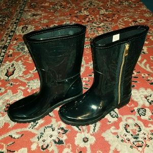 Shoes - Unlisted glossy rain boots sze 7