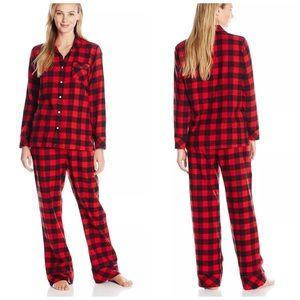 Woolrich Intimates   Sleepwear - Woolrich Buffalo Plaid Flannel Pjs Pajama  Set NWT 5453a4e55