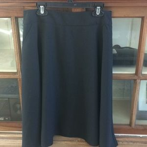 The Limited Flowy Skirt   Size 4
