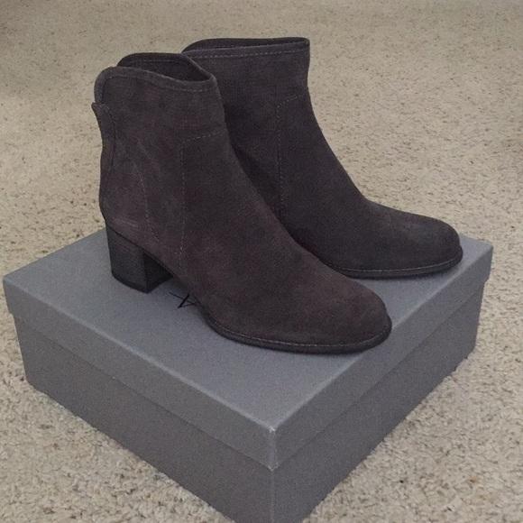 Aquatalia Grey Boots Size
