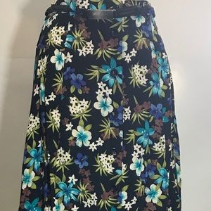 SAG HARBOR WOMAN Small Women's Floral Skirt