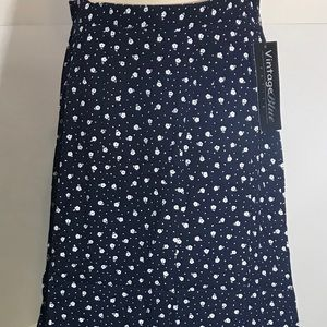 Dresses & Skirts - NWT Women's Maxi Skirt Small Vintage Blue