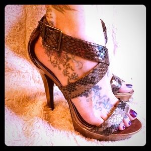 Shoes - Gorgeous snakeskin strappy heeled sandals