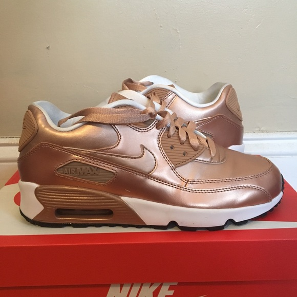buy online a823d 10320 Rose Gold Nike Air Max 90 size 6.5Y
