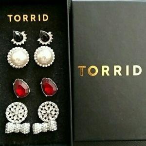 Torrid earring gift set 5 pairs prom bling pearl