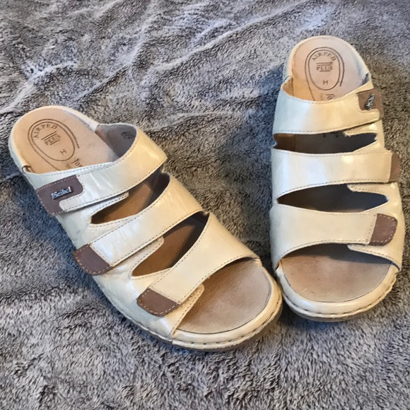online store 18f31 3ff81 J.Seibel Velcro Leather Sandals