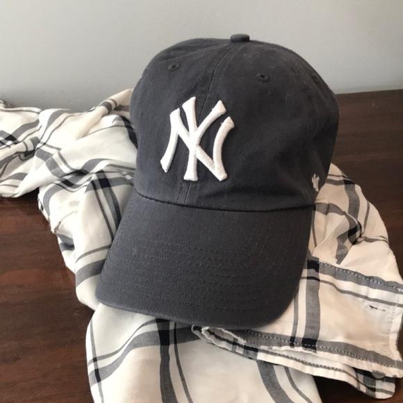 0bebe8155384d Accessories - NY Yankees low profile cap. Classic