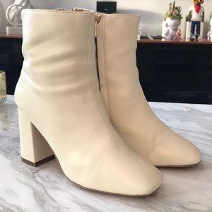 JAGGAR Block Heel Booties Size 37
