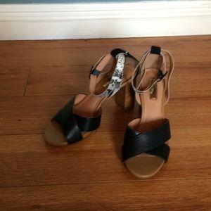 Snake skin-derailed heels