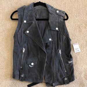 Suede grey vest