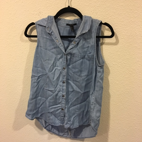 Forever 21 Tops - Forever 21 chambray sleeveless button down top