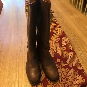 Zara brown leather  boots with buckle never worn !