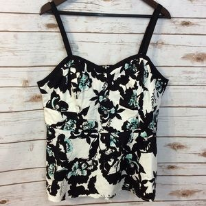 Torrid floral white and black sateen top size 1