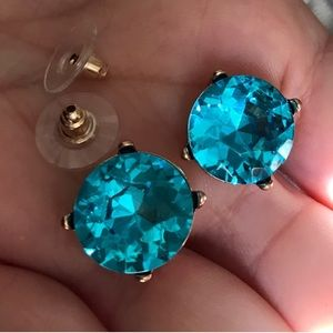 🦋Aqua Blue Faux Gemstone Earrings