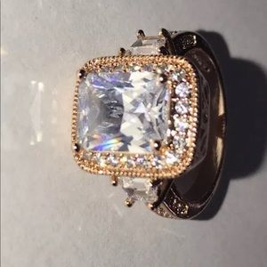 Jewelry - Rose gold ring size 7.25 18kgp