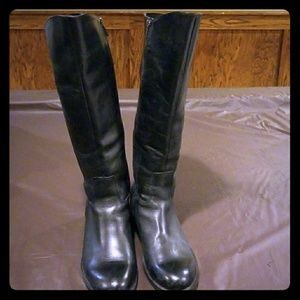 Women's rider style boots