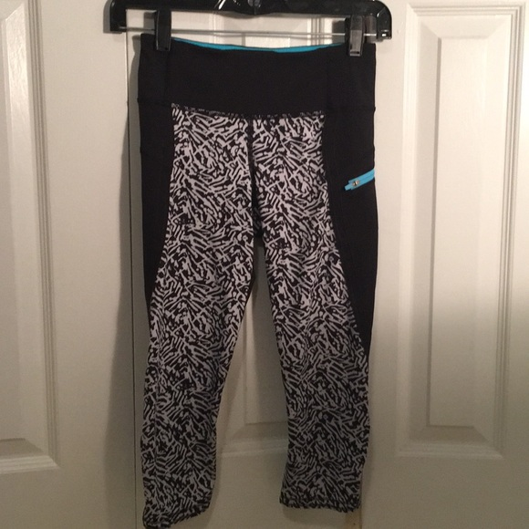 lululemon athletica Pants - Lululemon black, white, blue leggings sz 2 56193