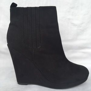 H&M Black Wedge Ankle Boot, Size US 9.5
