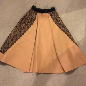 Vintage 50s full skirt - camel colored with lace
