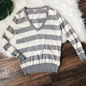 Madewell • Wallace Deep V Striped Pullover Sweater