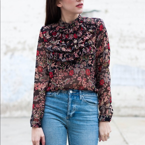 b0945db19 Zara • Floral Ruffle Front Long Sleeve Blouse. M_5a21eff1c6c7957d6000926a