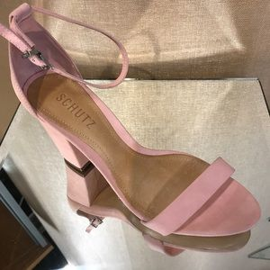 Schutz new with out box shoes light pink