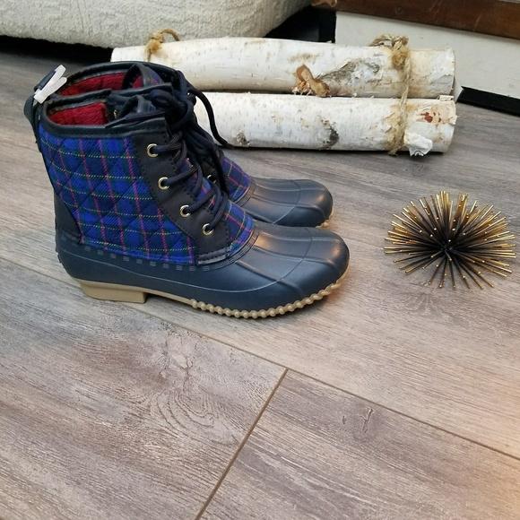 b17c717d10f0 Tommy Hilfiger randee plaid duck boot