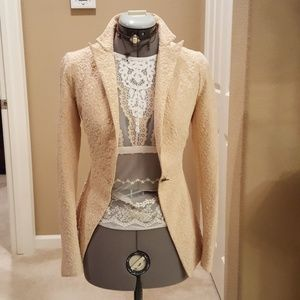 Jackets & Blazers - Fits like a glove beautiful jacket
