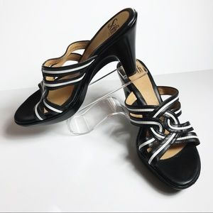 Sofft Platform Leather Sandal