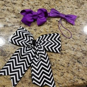 Accessories - Hair bows