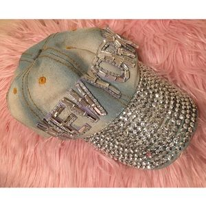 d834cda6 Other - NEW YORK GEM CENTER OF ATTENTION JEANS HAT🧢💘🧢