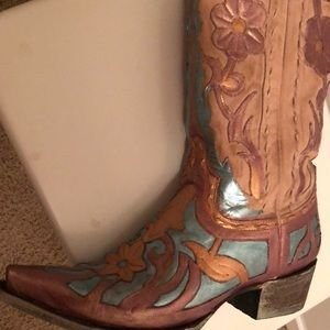 241f4df2509 one of a kind hand painted Cowboy boots