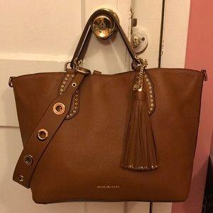 a784be1c96c9 Michael Kors Bags - Michael Kors Large Brooklyn Grab Bag