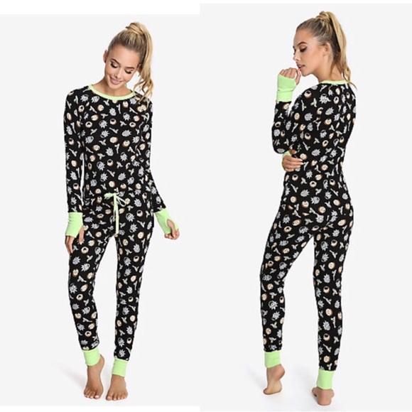 1562af2bb06899 Undergirl Intimates   Sleepwear