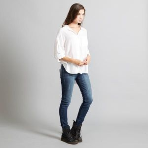 NWT Adam Levine Women's Flowy White Blouse