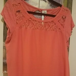 Lauren Conrad Coral Tee Shirt Tops with Lace