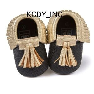Other - Adorable Tassel Baby Black/Gold Shoes (S)