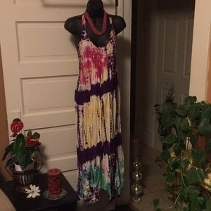 Super cool tie-dye maxi dress