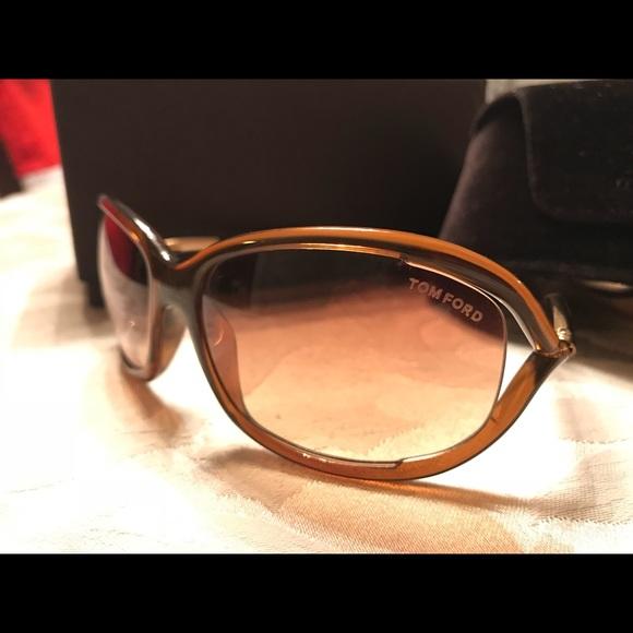 7f58fa6bb65 Tom Ford Jennifer Sunglasses TF8 - 602 - Brown. M 5a22431078b31c42300204c8