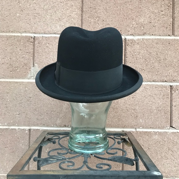 a3000dbd64d Lock   Co St James s St London Accessories - Timeless Fabulous Bowler Derby  Hat—