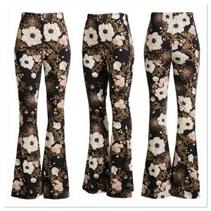 🎉HP🎉 Floral Bell Bottom Pants