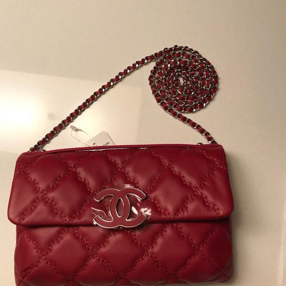 0697a3b155c6b3 CHANEL Bags | Hampton Flap Bag | Poshmark