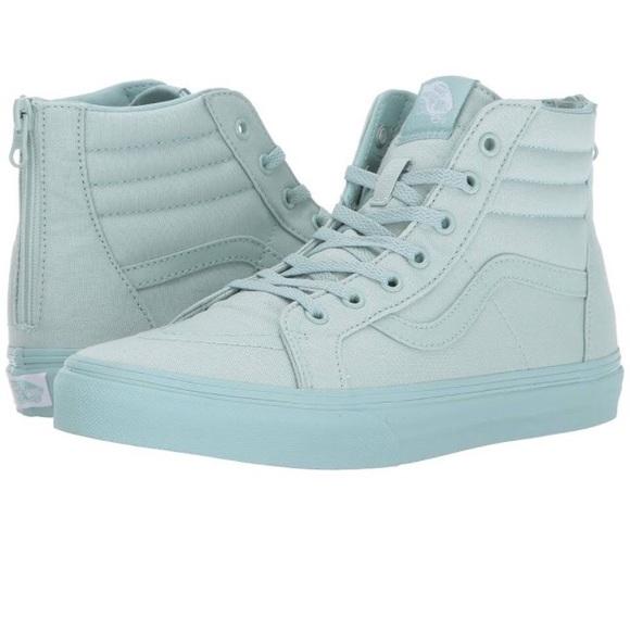 f4df45e86f020 Vans Shoes | Nwt Sk8 Hi Zip Gray Glitter Big Girls Sz 2 | Poshmark
