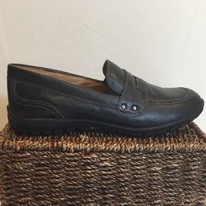 Leather NEW Hush Puppies Adjustable Penny Loafers