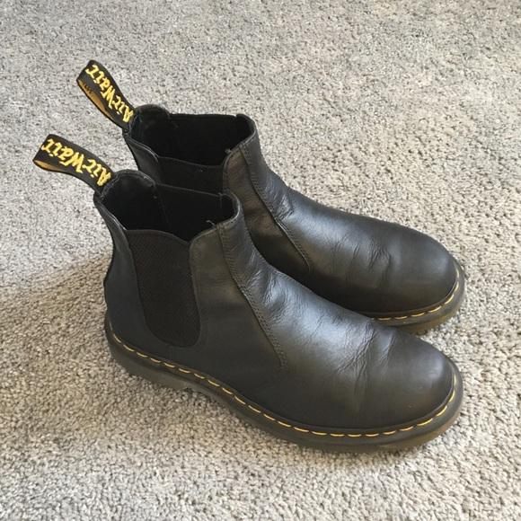 Dr Martens Carpathian Chelsea Boot
