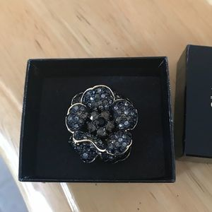Jewelry - JOAN RIVERS RARE CRYSTAL BLK FLOWER COCKTAIL RING