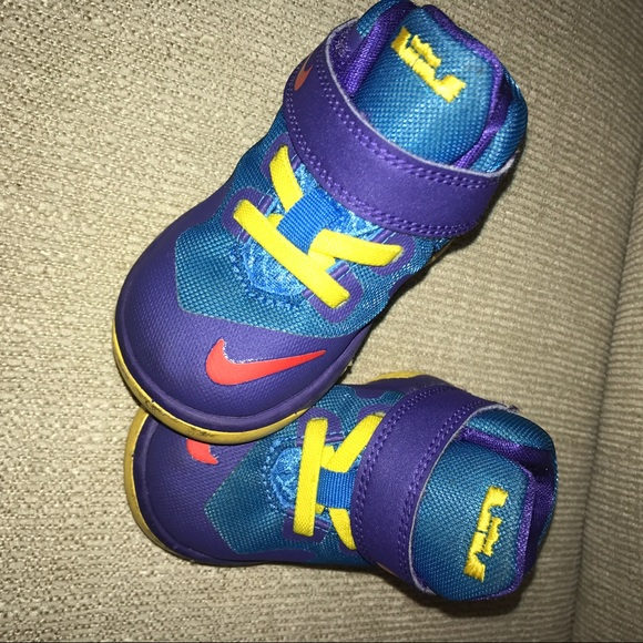 c251125588697 where to buy lebron james nike infant zapatos 945e8 d9911