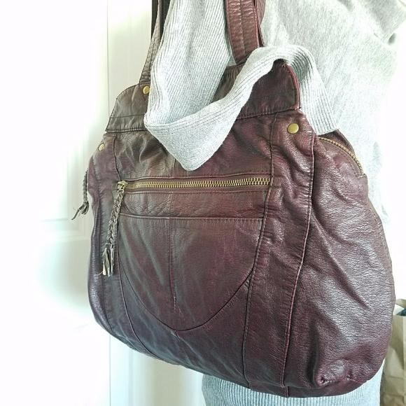 d7f2fbe4ba Converse Handbags - Converse One Star Shoulder Bag